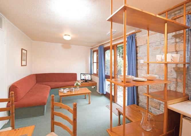 SI 2 Bed Platinum Single Lodge (Sat)